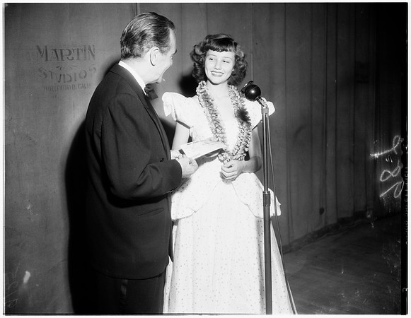 """Cinderalla"" award...Pantages Theatre -- Hollywood, 1951"