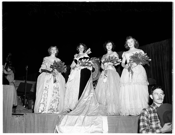 Burbank queen crowned, 1951