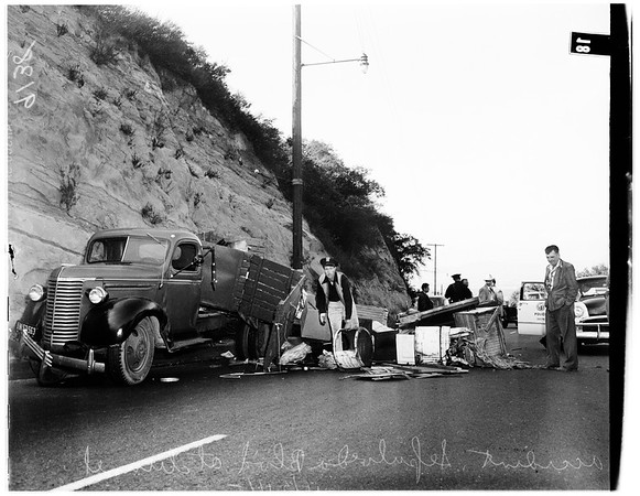 Traffic on Sepulveda Boulevard at tunnel, 1951