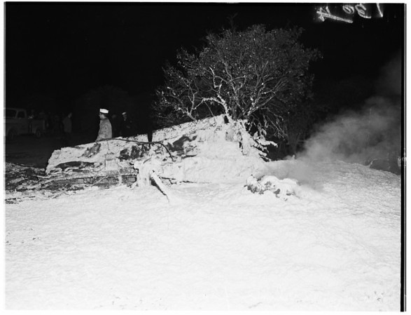 Navy and civilian planes crash in air and land in town of Stanton, 1951
