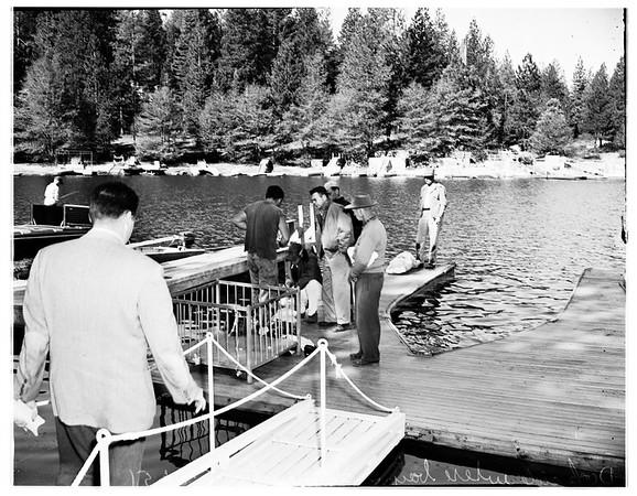 Boy drowns in Lake Arrowhead, 1951