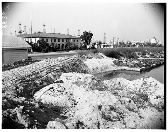 Pier collapse -- Long Beach, 1951