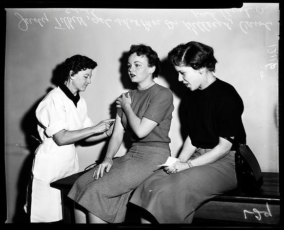 Polio shots (Central Clinic), 1957