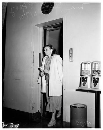Shoplifter, 1951