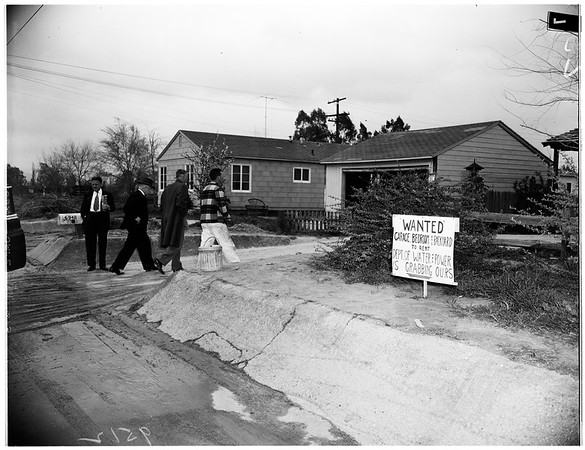 Los Angeles Water and Power proposed condemnation of property in San Fernando Valley ...Mayor's tour of area, 1952