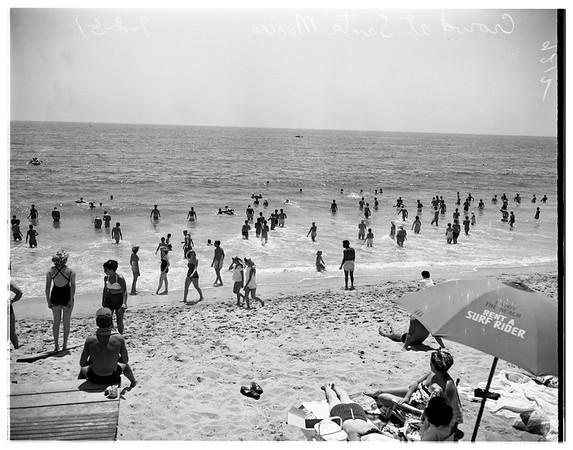 Crowds at Santa Monica beach, 1951