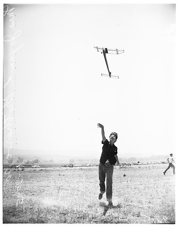 Model plane contest, 1951