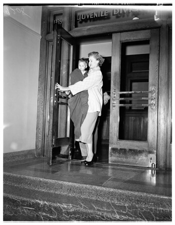 Lost boy at Georgia Street Hospital, 1951