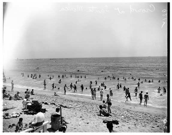 Crowds at Santa Monica beach, 1951