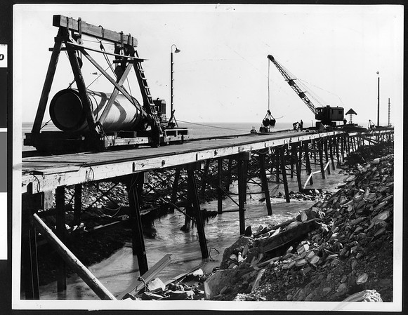 Equipment working on White Point sewage tunnel, Los Angeles, 1936