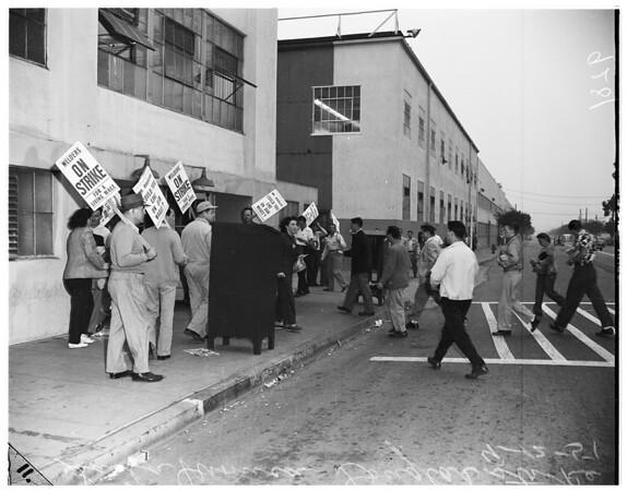 Santa Monica Douglas strike, 1951