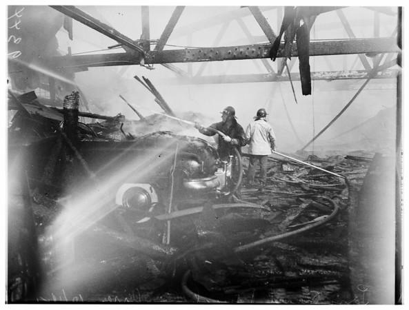 Long Beach Buick fire, 1951
