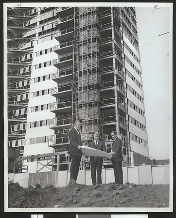 Barrington Plaza luxury apartments under construction, Los Angeles, 1961
