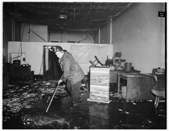 Canoga Park fire, 1951
