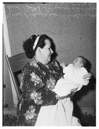 El Monte war baby, 1951