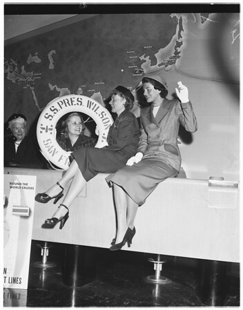 Club activity (Women's Division of Chamber of Commerce), 1951