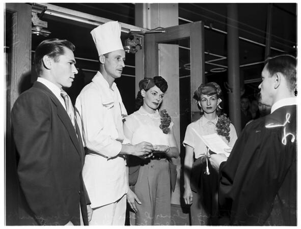 Wedding in Drive-Inn, 1951
