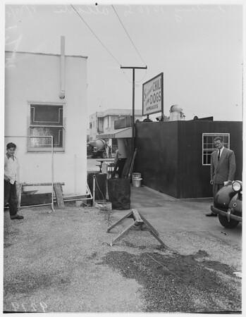 Phantom shooting...Norwalk, 1951