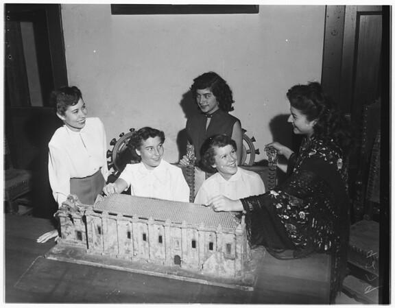 Candidates for San Gabriel Fiesta Queen, 1951