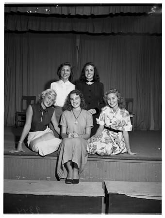 Santa Monica City College homecoming  queen chosen, 1951