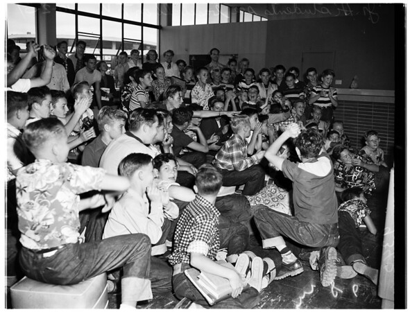 School kids see baseball on television (Westchester), 1951