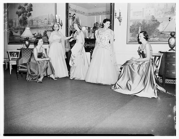 Society (Bullocks Wilshire Women of Junior League), 1951