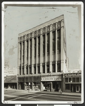 Marion R. Gray Building, 824 S. Los Angeles St., Los Angeles, 1958