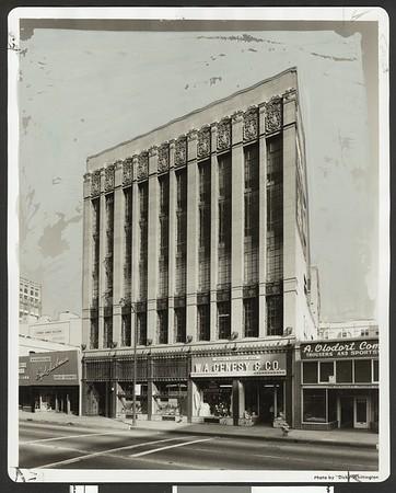 Marion R. Gray Building, 824 S. Los Angeles St., Los Angeles, 1958
