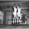 Los Angeles Athletic Club fencing girls, 1948