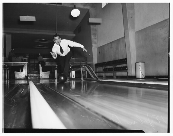 United States Naval Base, boxing, bowling, basketball, 1948