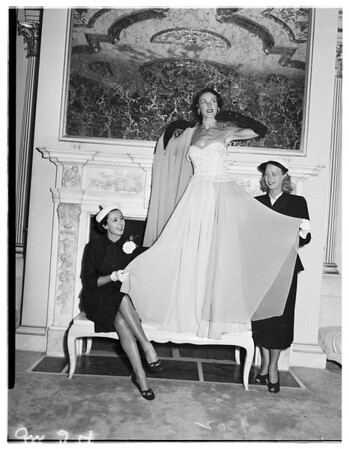 Fashionettes at Oceanhouse, 1951.