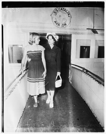 Girl return to Mainland, 1951