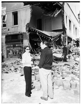 Drug store crash (3127 Beverly Boulevard), 1951