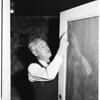 Bullet through window hits man on knee...5841 Carlton Way, 1951