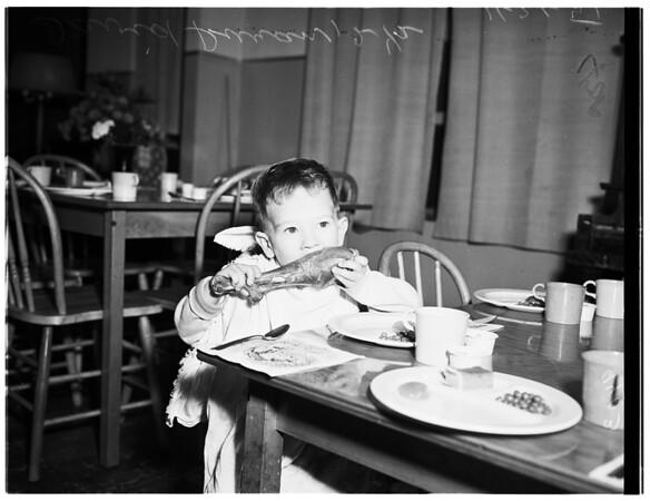 Turkey Dinner at Salvation Army Day Nursery (836 Stanford Avenue), 1951