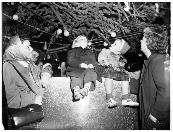 Christmas tree lane, Miracle Mile, 1951