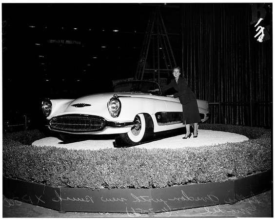 Motorama Show at Pan Pacific, 1951