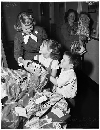 Mount Sinai (Children's Party), 1951.