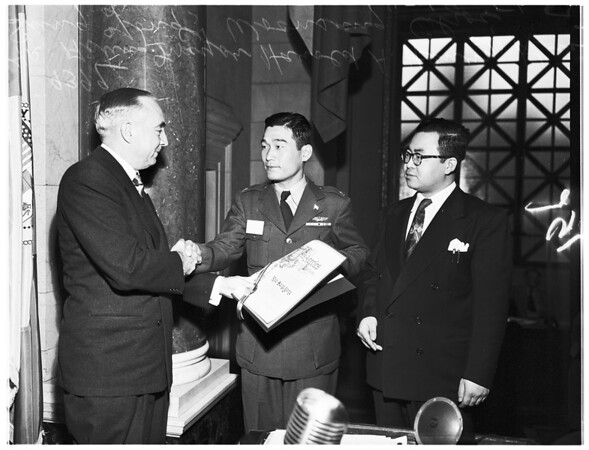 Korea war veterans on United Nations tour, 1951