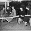 Kappa Alpha Thetas plan fashion show, 1951