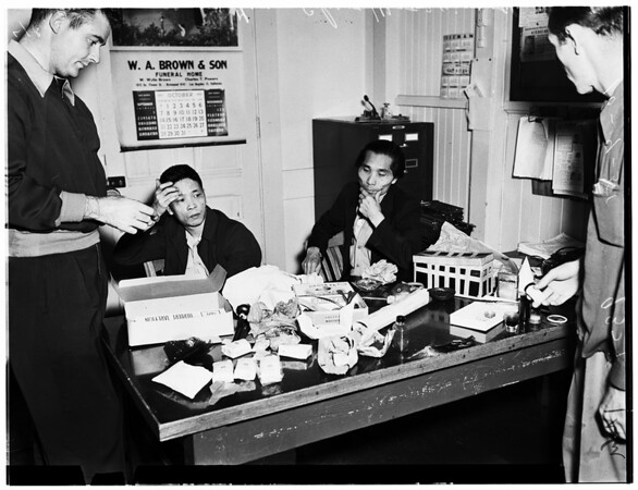 Chinese opium arrest (Central Station), 1951