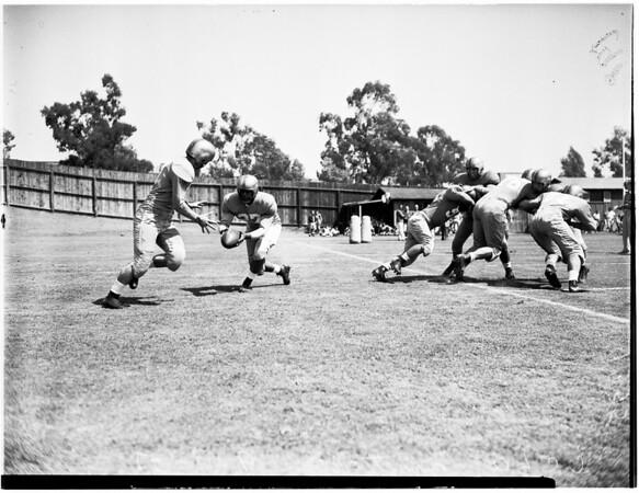 Football University of California, Los Angeles practice, 1951