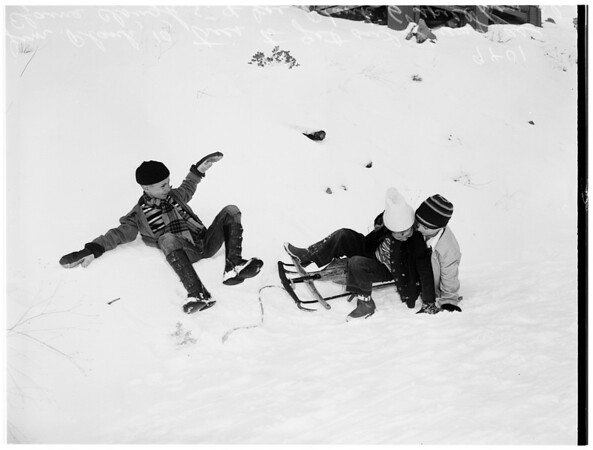 Mount Waterman...Skiing...Children and mother of one, 1951