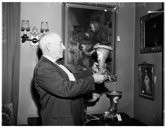 Clark home auction, 1951