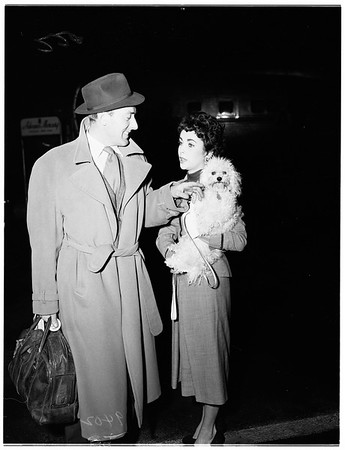 Elizabeth Taylor at International Airport, 1951