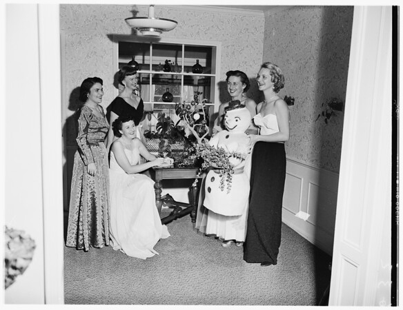 Pacific Palisades Junior Women's Club Snowball, 1951