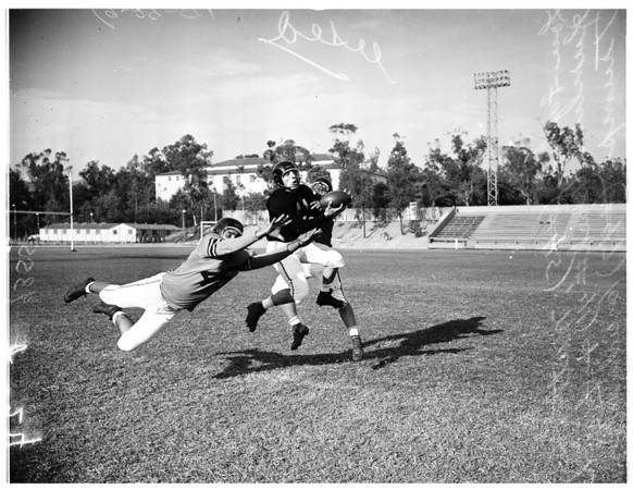 Occidental College football, 1951
