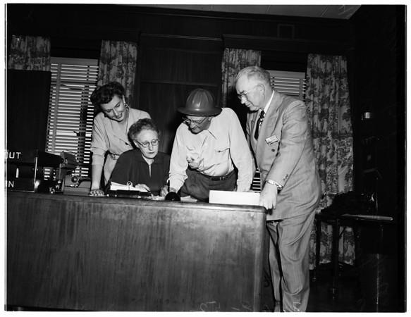 Union Oil Company employees retire, 1952