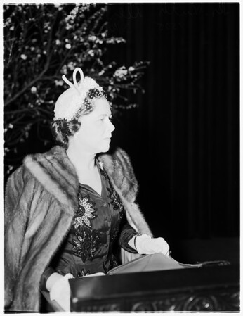 Interview at Ebell Theatre, 1952