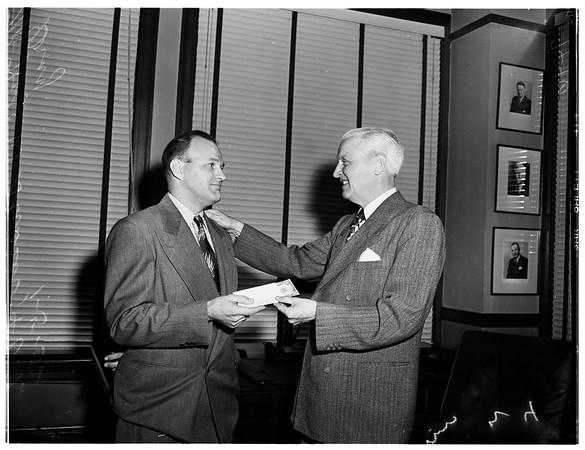 Hero award, 1952